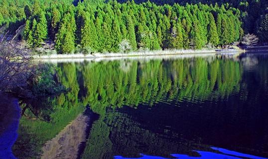 湖畔静けさ 潜在意識